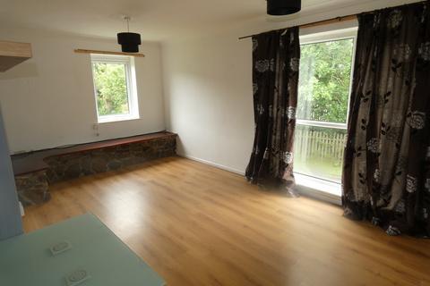 2 bedroom flat to rent - Brynheulog Court, Brynmenyn, Bridgend County Borough, CF32 9LG