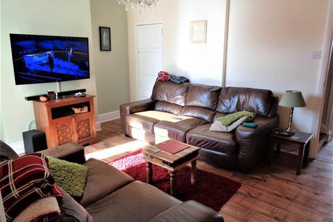 3 bedroom terraced house to rent - King St, Kingswood, Bristol