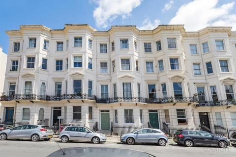 1 bedroom flat for sale - Holland Road, Hove