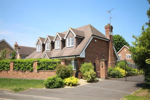 4 bedroom detached house to rent - Old Bath Road, Charvil, Reading