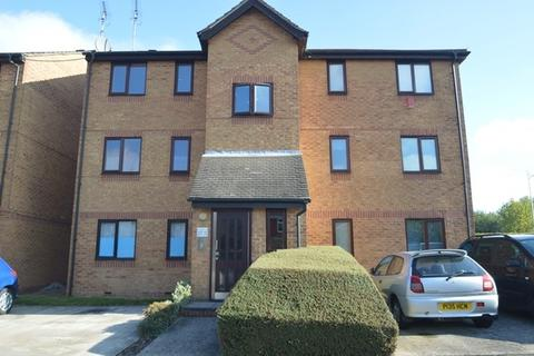 1 bedroom flat to rent - Bream Close, London, N17