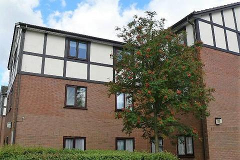 2 bedroom flat to rent - Kirkstile Place, Clifton