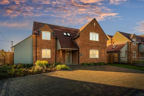 4 bedroom detached house for sale - Fincham View, Rye Common, Odiham, RG29