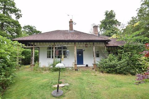 2 bedroom house share to rent - Wilderness Road, Earley, Reading