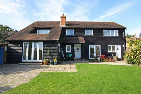 4 bedroom barn conversion for sale - Iden Green