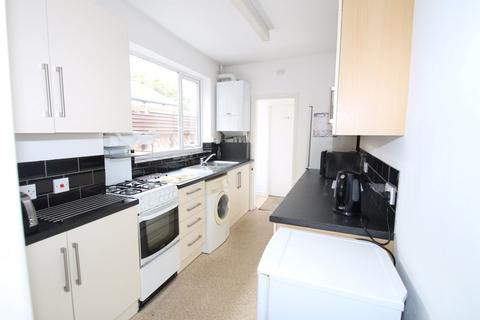4 bedroom property to rent - Rydal Street, Leicester, LE2 7DS