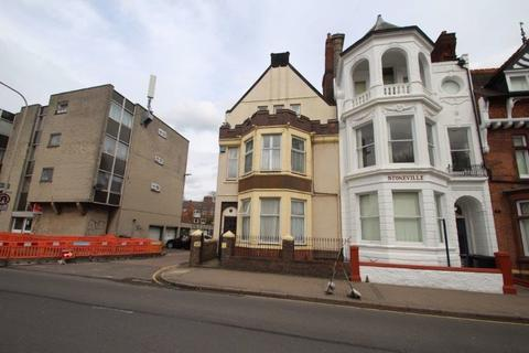 4 bedroom property to rent - London Road, Leicester, LE2 1ND