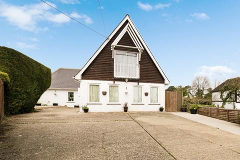 4 bedroom detached house for sale - Avalon, North Court Oast, Lower Lees Road, Old Wives Lees, Canterbury