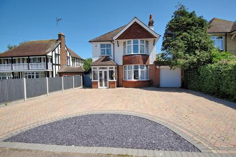 5 bedroom detached house for sale - Barnes Avenue, Westbrook, Margate