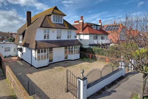 8 bedroom detached house for sale - Devonshire Gardens, Cliftonville, Margate