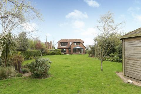 3 bedroom detached house for sale - Northbourne Road, Great Mongeham