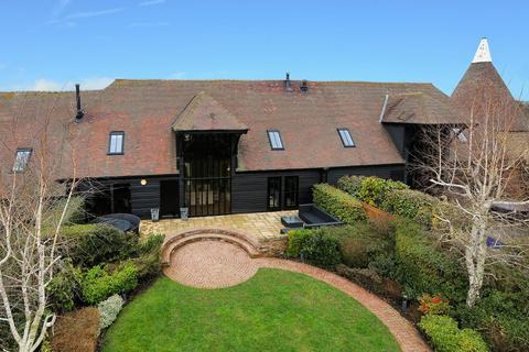 3 bedroom barn conversion for sale - Chantry Park, Sarre, Birchington