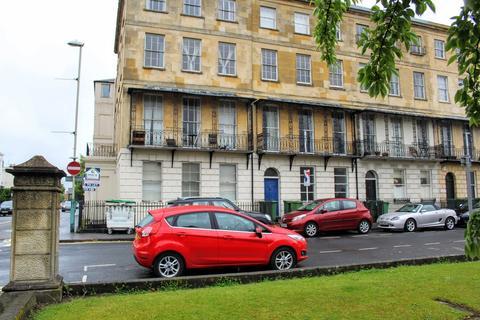 1 bedroom flat to rent - Berkeley Place