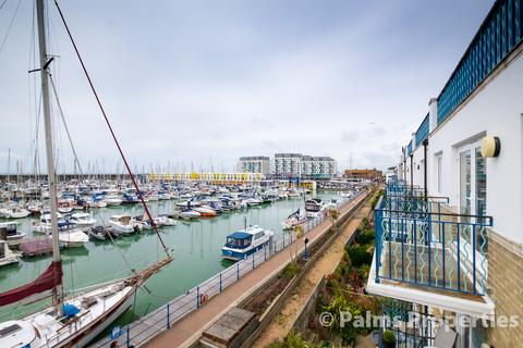 3 bedroom penthouse for sale - Brighton Marina BN2