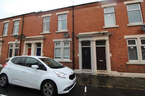 1 bedroom flat to rent - Disraeli Street, Blyth