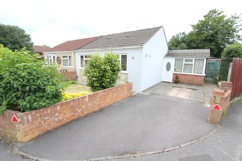 2 bedroom semi-detached bungalow for sale - Kenson Gardens, Sholing