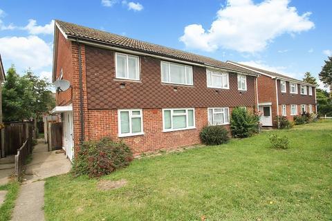 2 bedroom maisonette for sale - Benen-Stock Road, Stanwell Moor, TW19