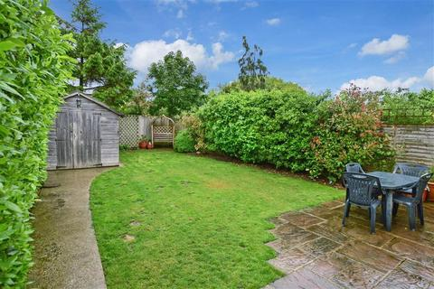 4 bedroom semi-detached bungalow for sale - Manor Close, Lancing, West Sussex
