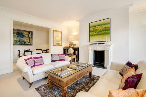 2 bedroom character property to rent - Hertford Street, Mayfair, London, W1J