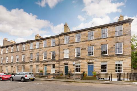 3 bedroom flat for sale - 31/5 Cumberland Street, New Town, EH3 6RT