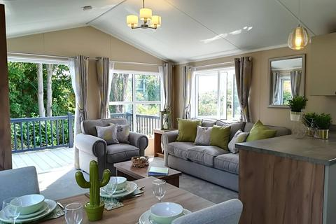 2 bedroom lodge for sale - Alcester Warwickshire