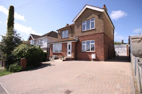 5 bedroom detached house for sale - Third Avenue, Newhaven, East Sussex, BN9