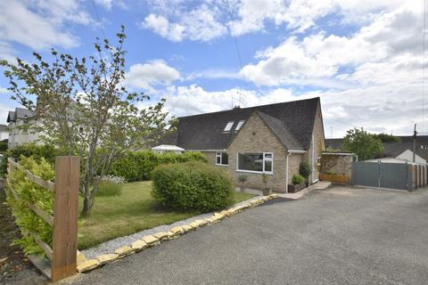 4 bedroom semi-detached bungalow for sale - Station Road, Andoversford, CHELTENHAM, Gloucestershire, GL54