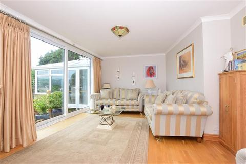 4 bedroom detached bungalow for sale - Danes Court, Dover, Kent