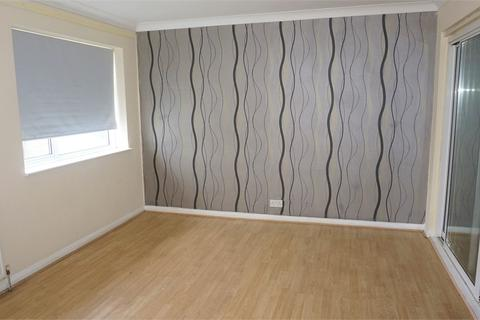 3 bedroom terraced house to rent - Goodman Park, Slough, Berkshire