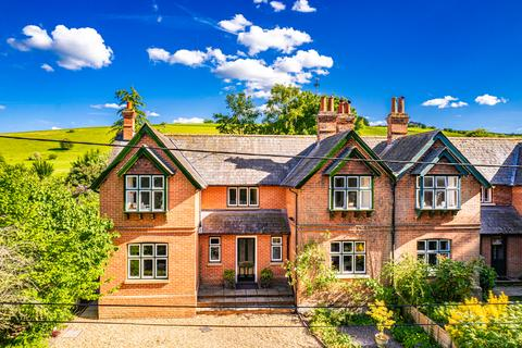4 bedroom semi-detached house for sale - 3 Warren Farm Cottages, Streatley on Thames, RG8
