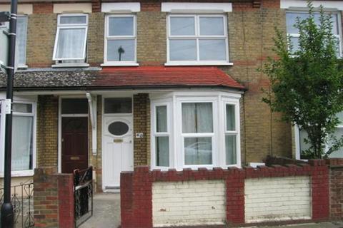 2 bedroom house to rent - Woolmer Road, London