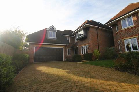 5 bedroom detached house to rent - Northumberland Walk, Richings Park, Buckinghamshire