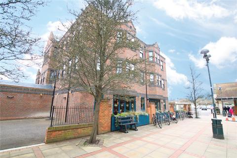 1 bedroom flat to rent - Baileys House, Central Walk, Wokingham, Berkshire, RG40