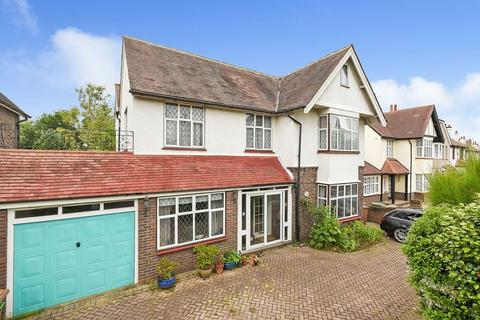 6 bedroom detached house for sale - Sandhurst Road, Sidcup, DA15 7HL