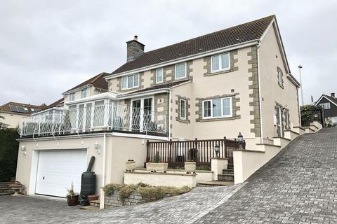 5 bedroom detached house for sale - Church Road, Worle Hillside, Weston-super-Mare