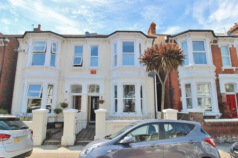 4 bedroom semi-detached house for sale - Taswell Road, Southsea