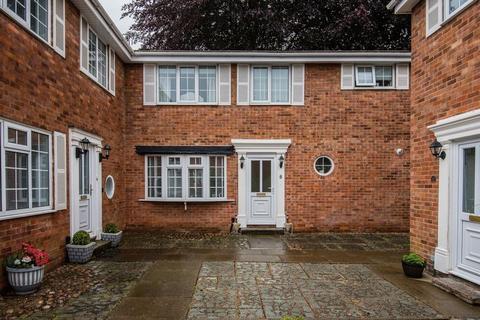 3 bedroom semi-detached house for sale - Barrymore Court, Warrington