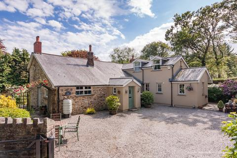 4 bedroom cottage for sale - Foxglove Cottage, Cwm Risca Lane, Bridgend, Bridgend County Borough, CF32 0EH