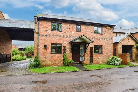 3 bedroom detached house for sale - Mulberry House, Church Street, Buckingham