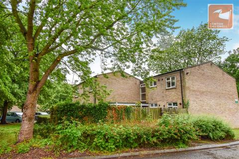 2 bedroom flat for sale - Muskham, Bretton, Peterborough