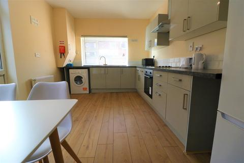 1 bedroom house share to rent - Bacheler Street, Hull, HU3