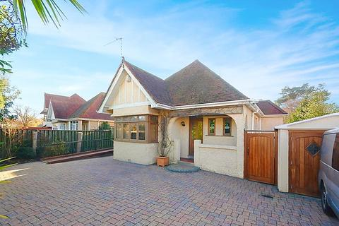 4 bedroom bungalow for sale - Sandbanks Road, Lower Parkstone, Poole, Dorset, BH14