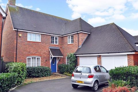 5 bedroom detached house to rent - Barley Mead, Cox Green