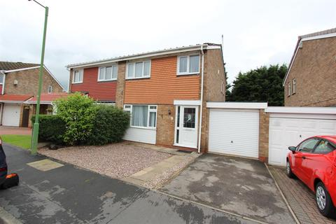 3 bedroom semi-detached house to rent - Burnsall Close, Chelmsley Wood