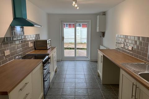 3 bedroom terraced house to rent - Edgeware Road, Uplands, Swansea