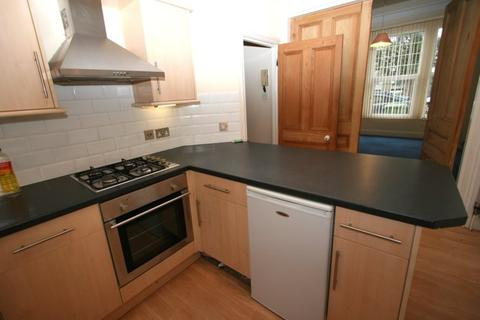 1 bedroom flat to rent - Bedford Park House, North Hill