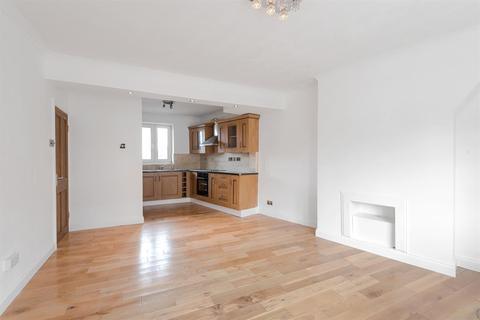 1 bedroom flat for sale - Longbridge Road, Dagenham, RM8 2DB