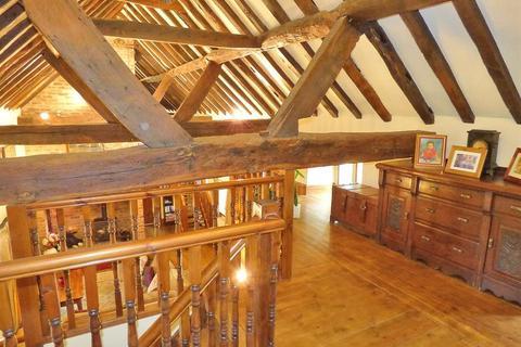 3 bedroom barn conversion for sale - Watergate, Methley, Leeds, LS26 9DD