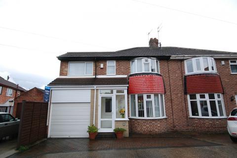 4 bedroom semi-detached house for sale - Dalegarth Grove, Seaburn Dene