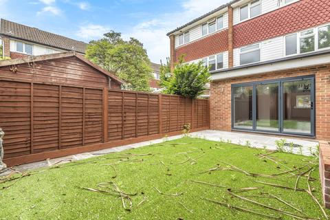 5 bedroom terraced house for sale - Alanthus Close, Lee